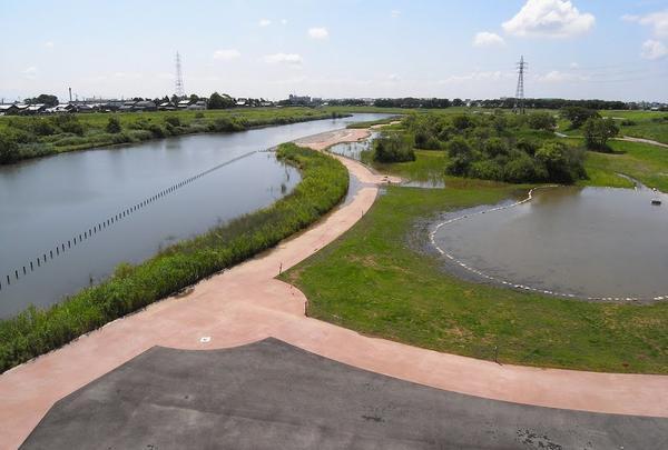 整備された河川敷