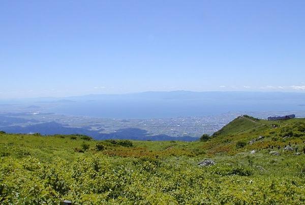 琵琶湖が一望できる