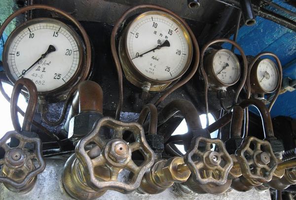 運転席の計器類