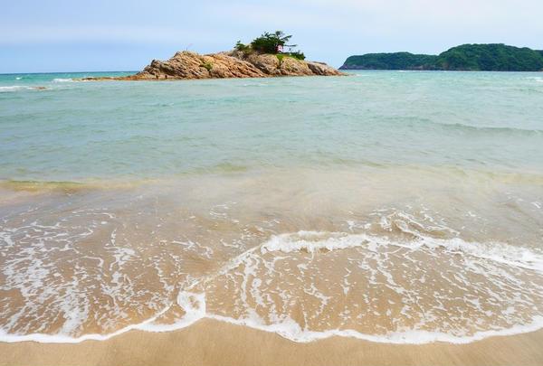 波がない日は歩ける楽しみも