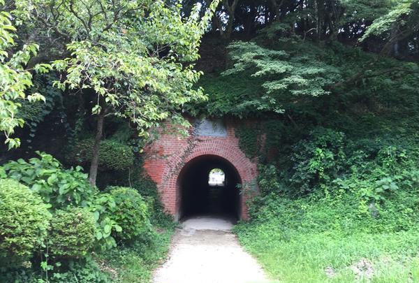 おイシちゃんトンネル