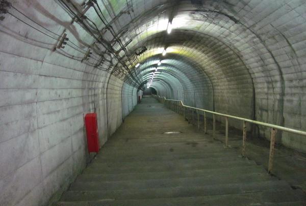 ダンジョンへの階段