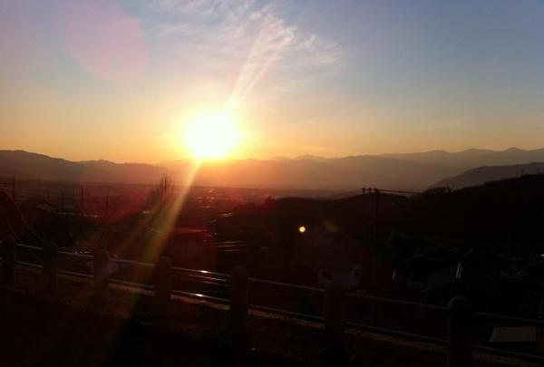 旧勝沼駅ホームからの夕景