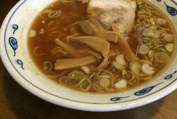 シンプルな中華そばがおいしい♪