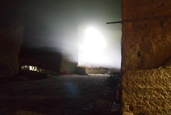 暗い洞窟に差し込む光がすごく綺麗★
