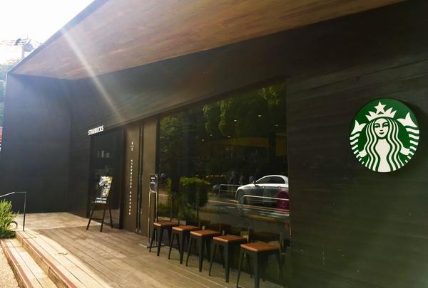 スターバックスコーヒー 鎌倉御成町店(STARBUCKS COFFEE)の写真・動画_image_246945