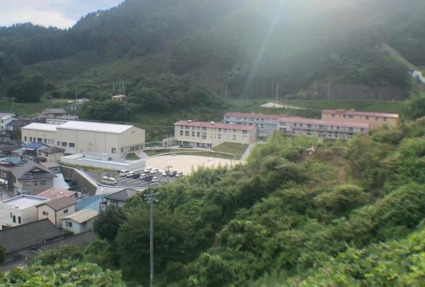 唐丹中学校
