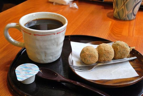 コーヒーには和菓子が