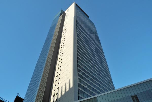 名古屋駅前ビル群