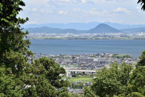 日吉東照宮から琵琶湖を見おろす