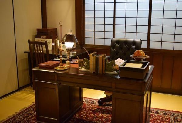 執務室(現在の知事室)