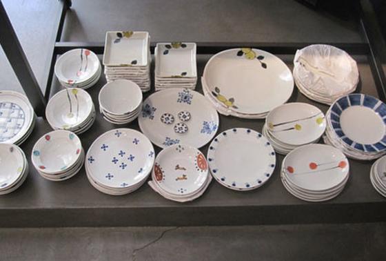 九谷青窯のモダンな食器達