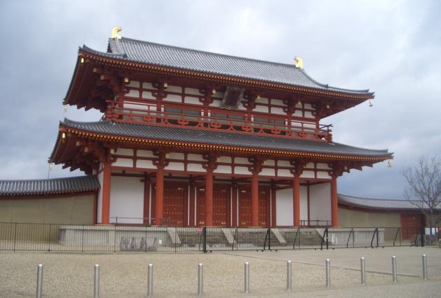 柿の葉寿司を食べて奈良の大仏さんに会いにいこう!