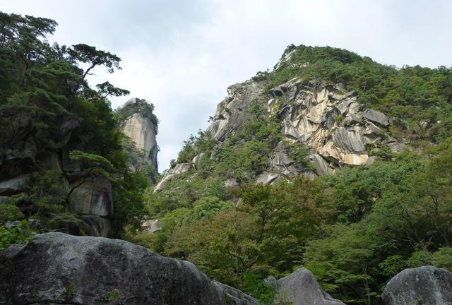昇仙峡〜滝や渓谷などの自然を贅沢に満喫〜
