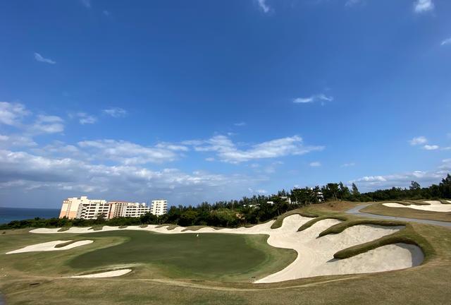 沖縄最高のゴルフ場PGMを堪能しながら充実の2泊3日