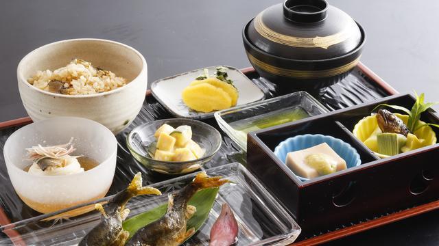 【京都・美山】予約なしで鮎を食べられるお店3選