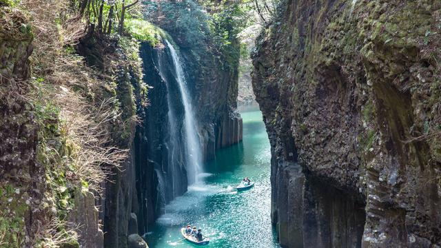 高千穂の「日本棚田百選」の棚田と「林業と椎茸の村・諸塚村」の森を訪ね、日本のふるさとの暮らしを知ろう