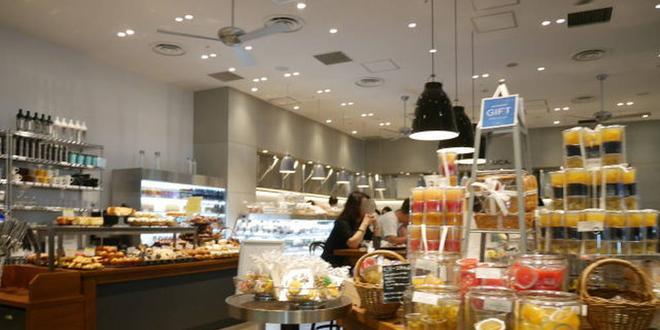 新宿駅周辺で座れるカフェ【長くいられる居心地いいカフェ】