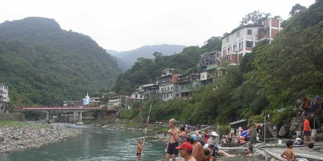 台湾の秘湯!烏来温泉&台北近郊をめぐる旅