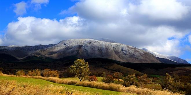 くじゅう連山の絵に描いたような美しい眺めを満喫する旅