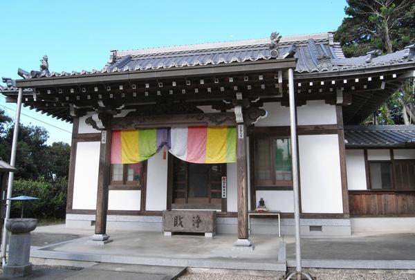 弘法堂は独立タイプ