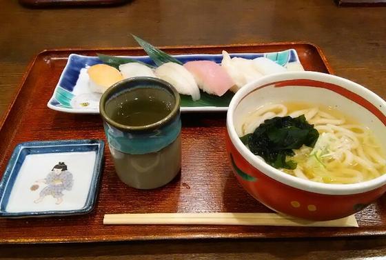 おまかせの寿司と自家製麺のうどん・そば