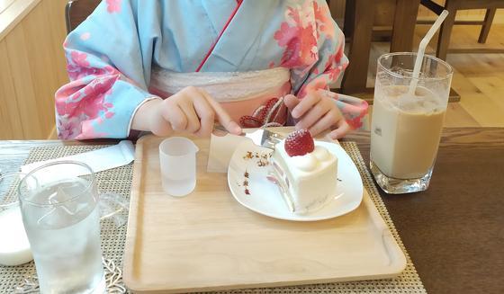 ショートケーキは女子の嗜み。