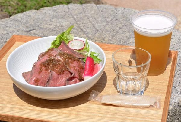オリーブ牛のローストビーフ丼