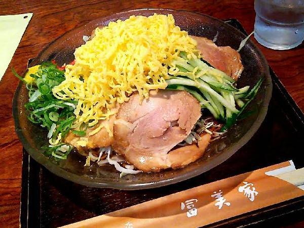 夏季限定の「焼豚冷麺」