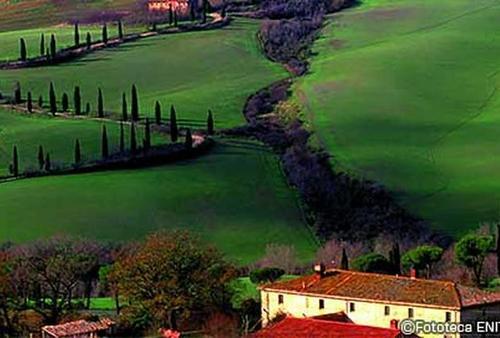 【イタリア世界遺産】おとぎ話のようなのどかな村を訪れよう