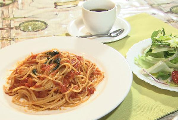 トマトとバジリコのスパゲッティ